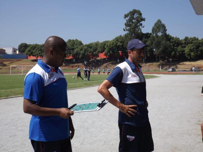Jackson Ribeiro e Luiz Carlos, auxiliar e técnico do USAC - Divulgação