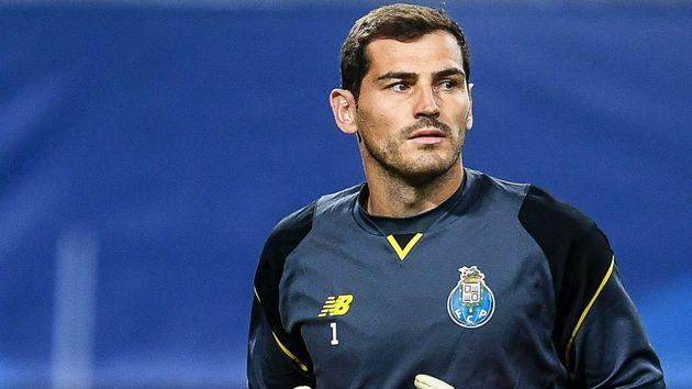 Iker-Casillas-aquecimento-Porto-720-EFE