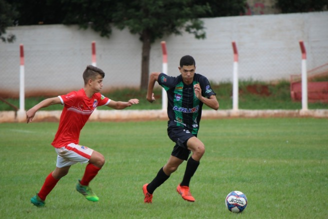 Zagueiro Vitor Zanetti sub-17.jpeg